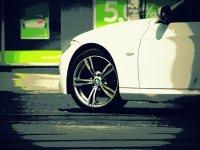 Samochody i naprawy silników
