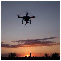filmowanie z powietrza za pomocą drona