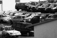samochody na złomie